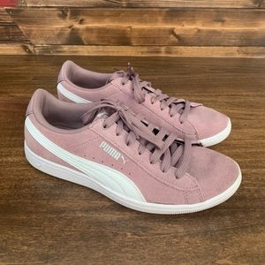 Women's Lilac Puma Classic+ Sneakers